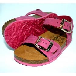 Sandales à brides roses...